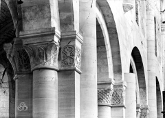 Eglise Saint-Hildebert - Chapiteaux