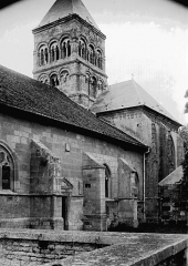 Eglise - Transept et base du clocher