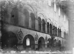 Eglise - Travée de la nef