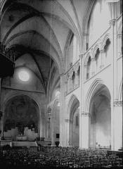 Cathédrale Saint-Cyr et Sainte-Julitte - Nef