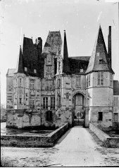 Château d'O - Façade d'entrée