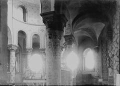 Eglise Saint-Martin - Vue diagonale du choeur