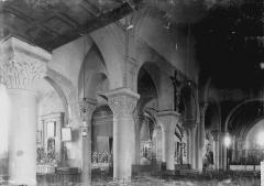 Eglise Saint-André - Vue diagonale de la nef