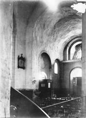Eglise Saint-Fargheon - Nef vue du choeur