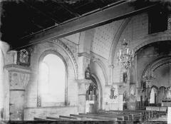 Eglise Saint-Etienne - Nef vue de l'entrée