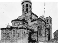 Eglise Saint-Nectaire - Abside et clocher, au nord