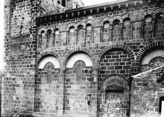 Eglise Saint-Nectaire - Partie latérale