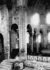 Eglise Notre-Dame (ou Saint-Saturnin) - Croisée et choeur