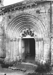 Eglise Saint-Hilaire et ancien monastère - Portail