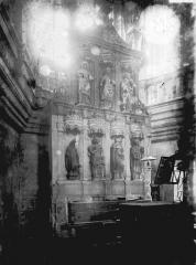 Eglise Saint-Pierre - Détail, intérieur