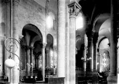 Eglise Notre-Dame-du-Port - Vue diagonale du choeur