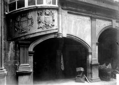 Hôtel Fontfreyde (musée du Ranquet) - Arcades