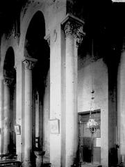 Abbaye Saint-Pierre - Vue diagonale, intérieur