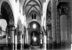Eglise Saint-Limin (ou Saint-Martin) - Nef vue de l'entrée