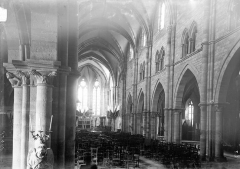 Ancienne abbaye Saint-Colomban - Nef vue de l'entrée