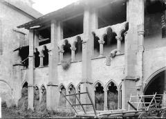 Ancien prieuré - Galerie