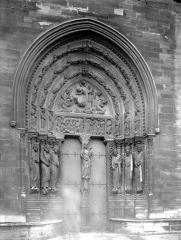 Abbaye Sainte-Colombe - Portail nord