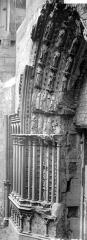 Abbaye Sainte-Colombe - Détail du portail sud