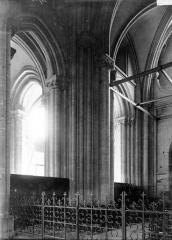 Abbaye Sainte-Colombe - Croisée