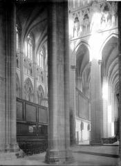 Cathédrale Saint-Etienne - Vue diagonale