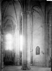 Eglise Notre-Dame - Vue diagonale, intérieur