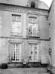 Hôtel Anne de Pisseleu - Fenêtres