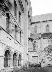 Ancienne abbaye Saint-Georges-de-Boscherville - Partie latérale