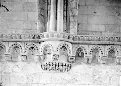 Ancienne abbaye Saint-Georges-de-Boscherville - Salle, détail, sommier, frise