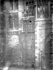 Ensemble archiépiscopal - Portail Saint-Jean, base de la tour