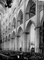 Ensemble archiépiscopal - Travées de la nef