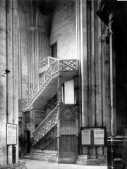 Ensemble archiépiscopal - Escalier