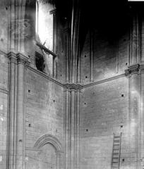 Ensemble archiépiscopal - Tour, intérieur