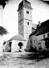 Eglise - Clocher et porche