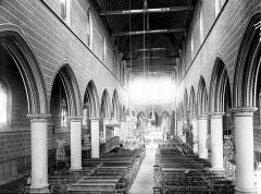 Eglise Notre-Dame-de-la-Couture - Nef vue de l'entrée