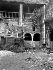 Eglise et son cloître - Cloître : Angle nord-est