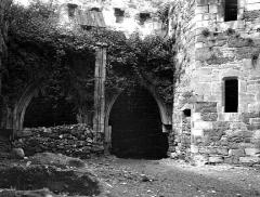 Eglise et son cloître - Cloître : Arcades de la galerie sud