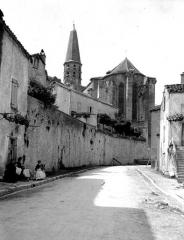 Eglise Saint-Jean-Baptiste - Abside et clocher