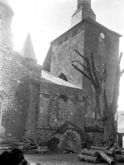 Eglise Saint-Pierre ou Saint-Sauveur - Façade nord : Tour nord-ouest