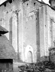Eglise Saint-Pierre ou Saint-Sauveur - Façade ouest