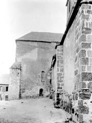 Eglise Saint-Etienne - Partie latérale
