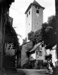 Ancienne abbaye Saint-Pierre - Eglise : Clocher, côté sud-est
