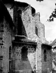 Ancienne abbaye Saint-Pierre - Eglise : Abside, côté sud