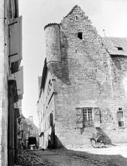 Ancien hôtel de la Raymondie, actuel hôtel de ville - Vue