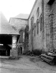 Eglise abbatiale Saint-André et Saint-Léger - Partie latérale