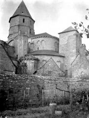 Eglise Saint-Robert - Eglise, ensemble est