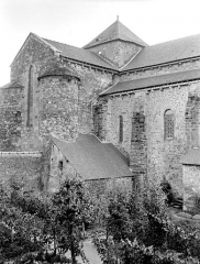Eglise Saint-Pierre - Extérieur