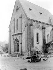 Eglise Saint-Pierre - Angle sud-ouest