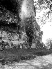 Vestiges du château - Tour