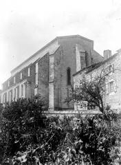 Collégiale Saint-Martin et maisons adossées à son chevet - Ensemble est