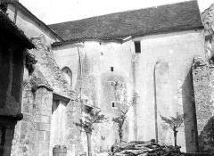 Ancienne abbaye Saint-Pierre - Eglise : Façade nord et transept